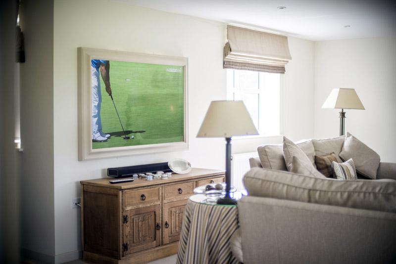 Private house Wiltshire 50inch Mirror TV, Sonos playbar installation